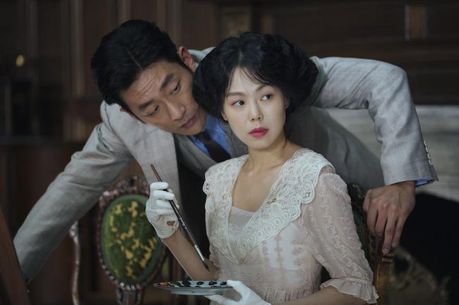 """Kim Min Hee """"cưới chui"""" với đạo diễn lớn tuổi dù ông chưa ly hôn-2"""