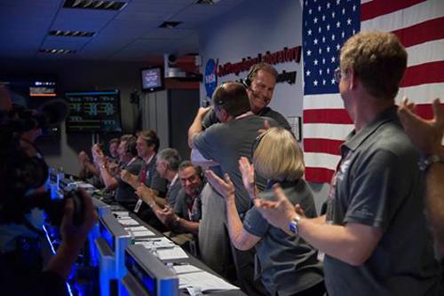 Tàu vũ trụ của NASA đã tiếp cận Sao Mộc thành công-1