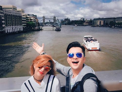 Vắng vợ, Nam Cường tình cảm cùng Việt My tại London-5