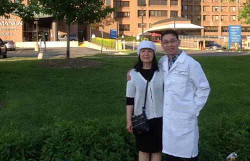 Chuyện chưa biết về 'bác sĩ 4H' từ chối lương 'khủng' tại Mỹ-3