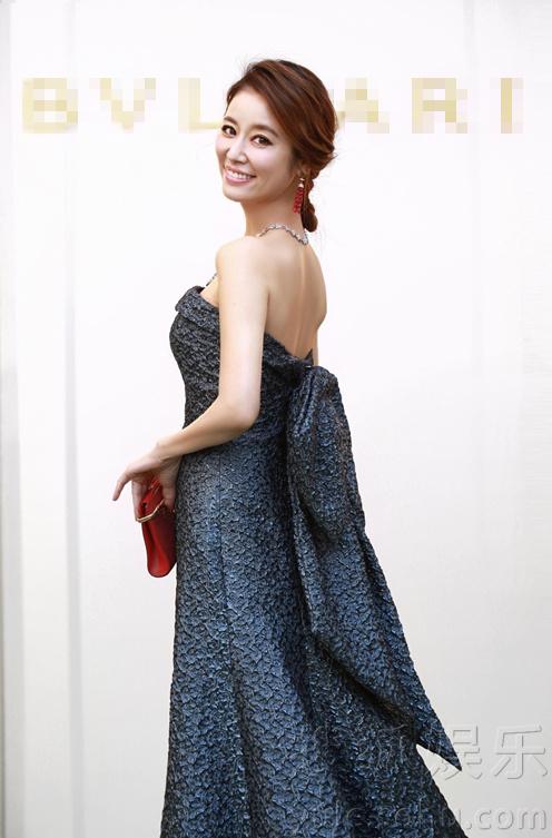 Hành động của Lâm Tâm Như càng khiến fan tin rằng cô có bầu-3