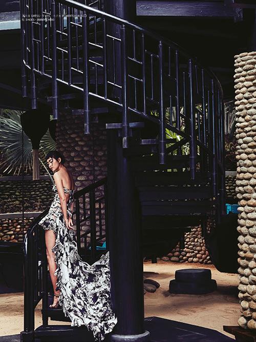 Mâu Thủy lên trang bìa tạp chí thời trang Macao-8