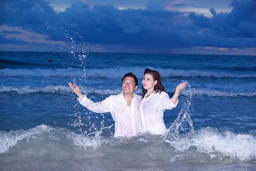 Kinh Quốc kết hôn lần 2 với vợ doanh nhân bằng tuổi-10