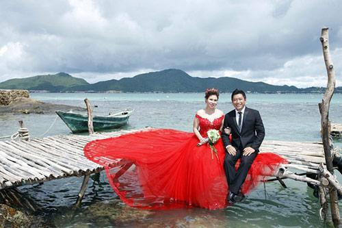 Kinh Quốc kết hôn lần 2 với vợ doanh nhân bằng tuổi-4