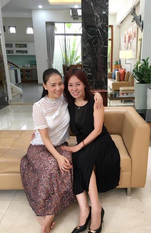 Lộ diện chị gái xinh đẹp của Thu Minh-1