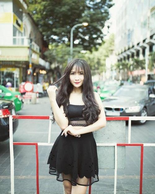 ngoc trinh: hot girl chuyen gioi 18 tuoi dep nhu huong giang idol - 1