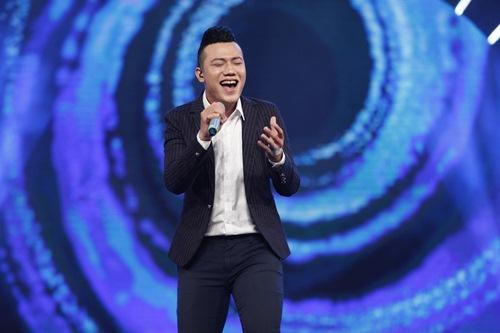 "vietnam idol: bang kieu bi ""dim hang"" ve chieu cao khiem ton - 7"
