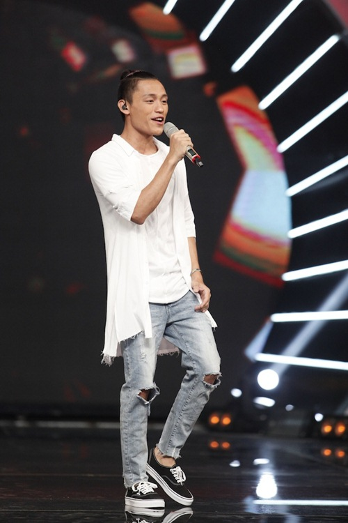 "vietnam idol: bang kieu bi ""dim hang"" ve chieu cao khiem ton - 11"