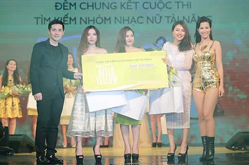 """dong nhi duoc ong cao thang an ui sau cu """"vo ech"""" tren san khau - 11"""