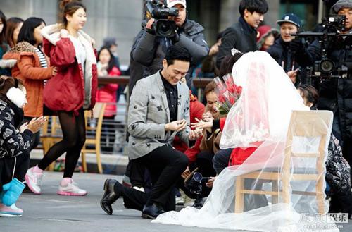 day la cuoc song hanh phuc binh di cua hoa hau hongkong - 6
