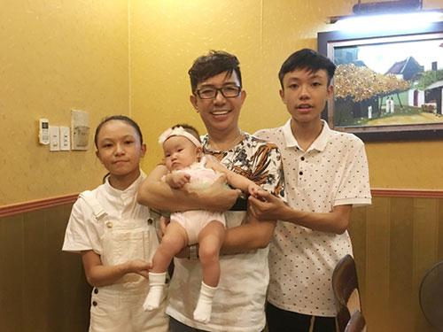 49 tuoi, long nhat hanh phuc don con gai thu 4 - 1