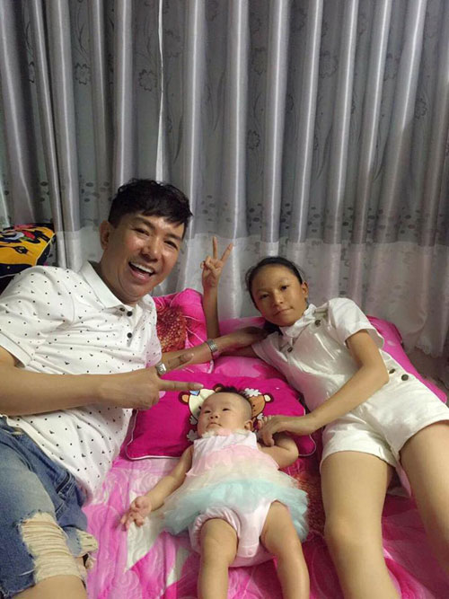 49 tuoi, long nhat hanh phuc don con gai thu 4 - 3