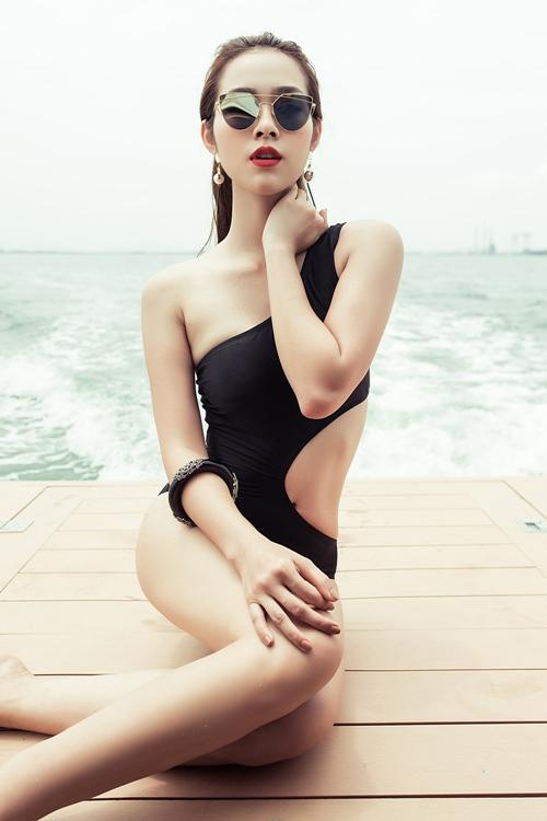 diep bao ngoc tu tin khoe vong eo 58cm voi bikini - 5