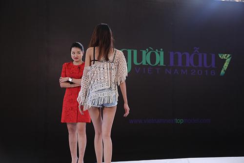 "nhung phut ba dao cua nu giam khao bi ""khiep so"" nhat next top model - 5"
