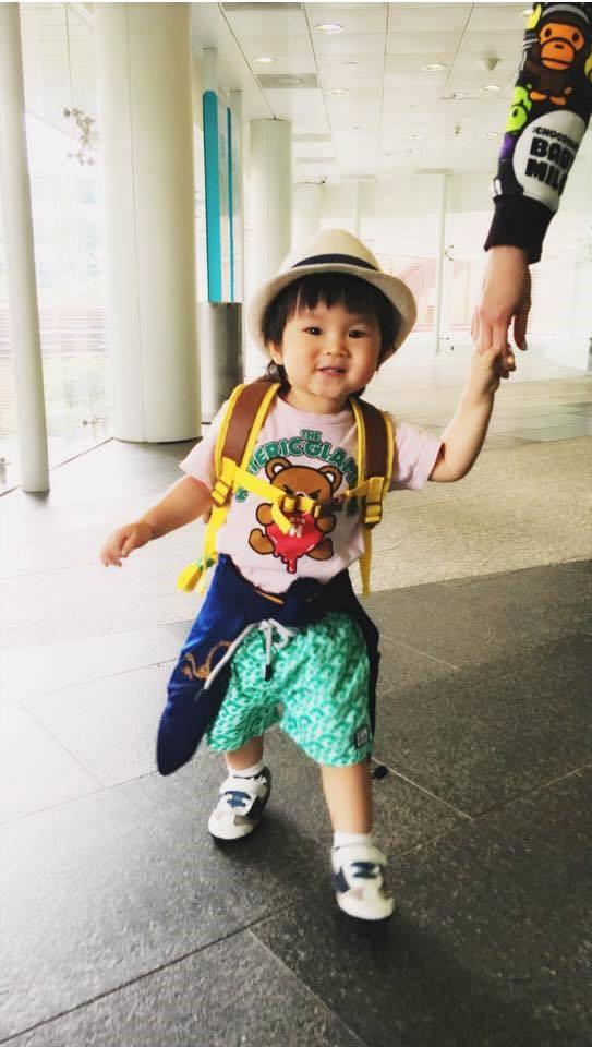 khong xe sang, nha lon, hanh phuc cua pham van phuong la chong con - 4