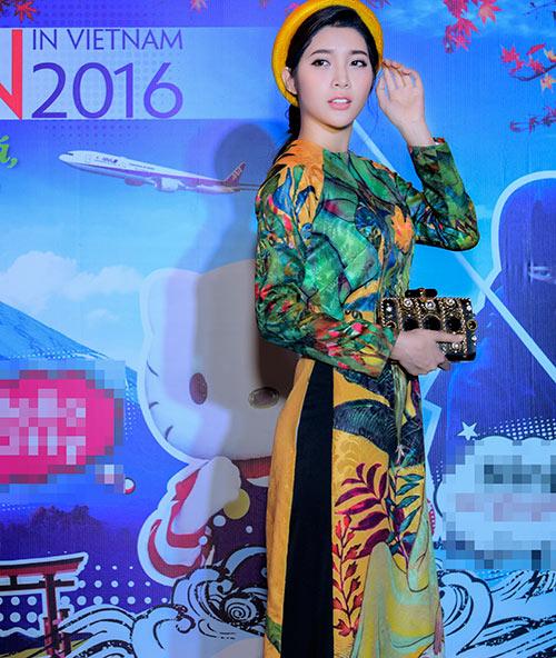 "vang chong, trang la ""ru"" yan my xung xinh ao dai di su kien - 3"