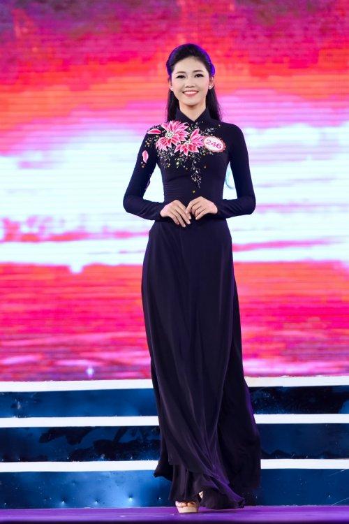 chung khao phia bac hhvn 2016: em gai a hau tra my dep xuat sac - 1