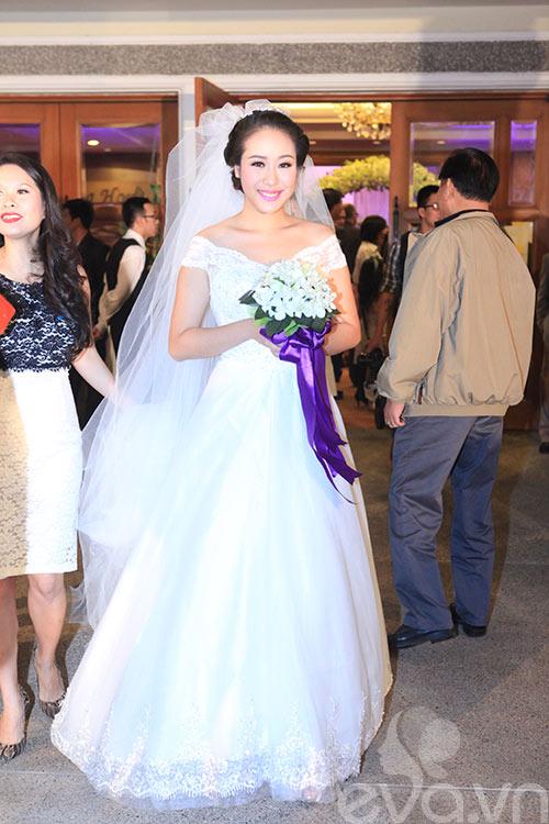 ngo phuong lan phu nhan chuyen co bau - 1