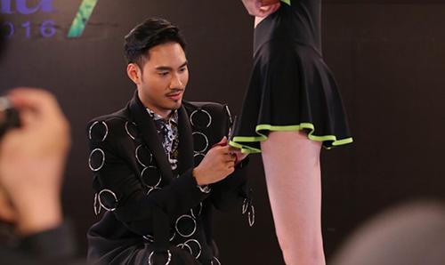 vntm 2016: clip ly qui khanh thang tay cat ao tam cua thi sinh - 4