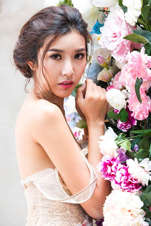 a hau thuy van dep nhu hoa sau chuyen cong tac nhat ban - 4