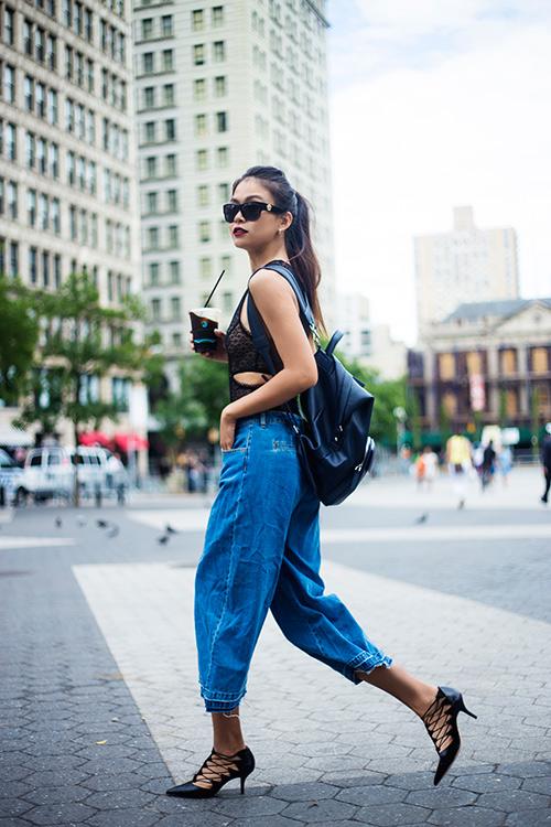street style cuon hut cua mau thuy tren duong pho new york - 5