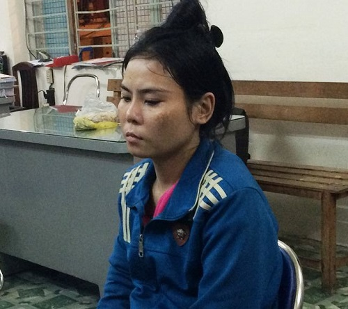 nguoi phu nu 3 con an han vi lam the ngan hang cho doi tuong lua dao - 1