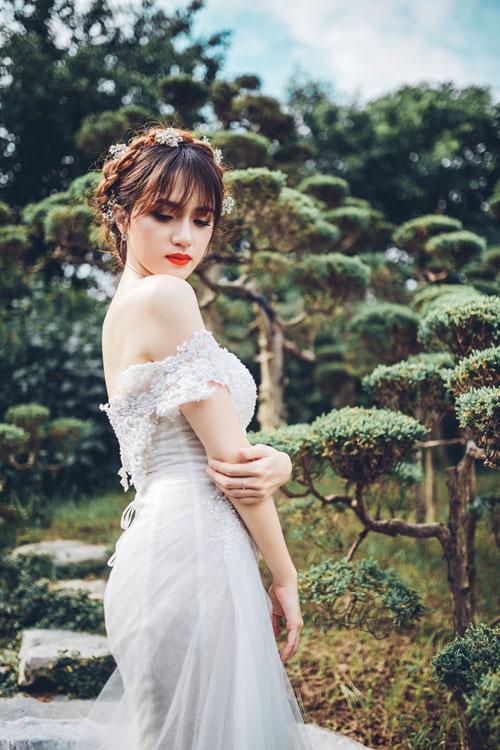 """huong giang idol kheo chon do khoe than hinh sexy hon ca """"gai xin"""" - 8"""