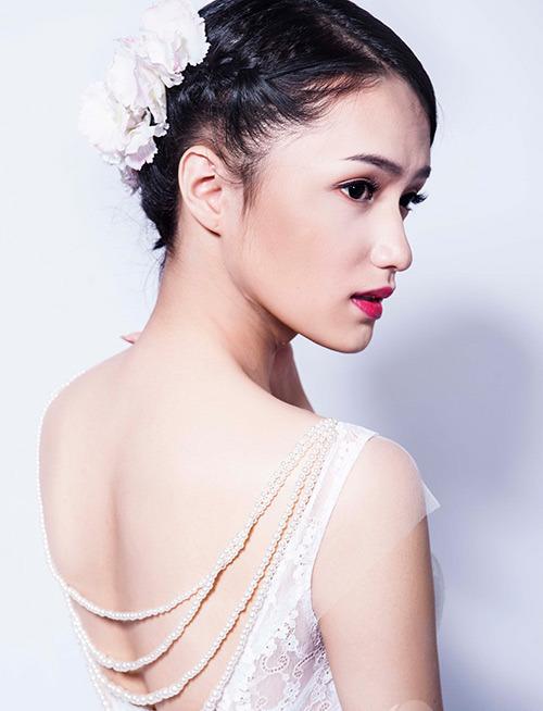 """huong giang idol kheo chon do khoe than hinh sexy hon ca """"gai xin"""" - 5"""