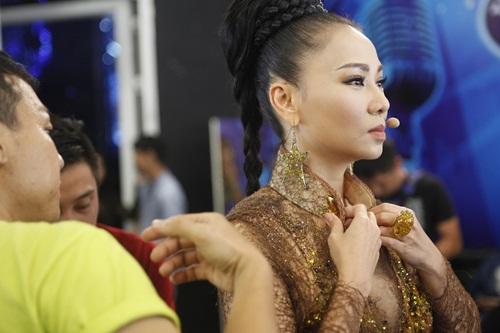 vietnam idol: thu minh dep quyen luc trong dem gala truc tiep - 3