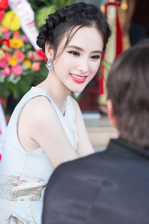 angela phuong trinh rang ro moi goc nhin tai su kien - 8
