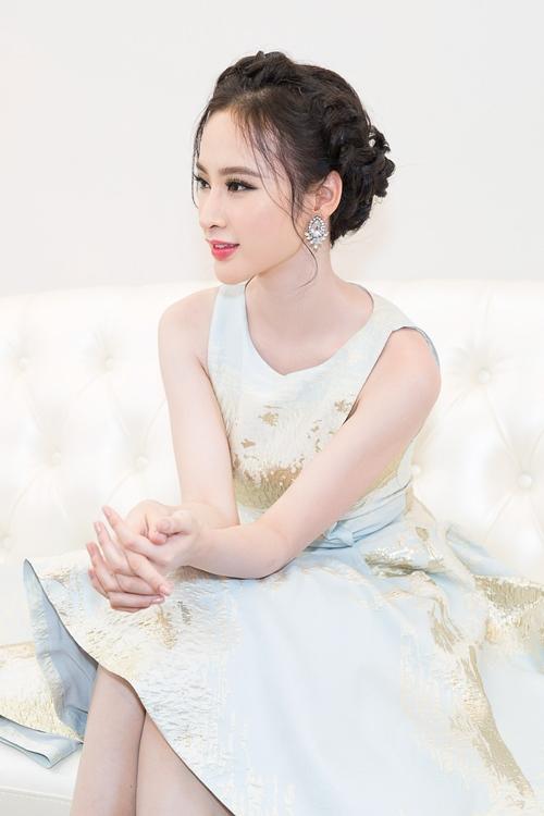 angela phuong trinh rang ro moi goc nhin tai su kien - 2