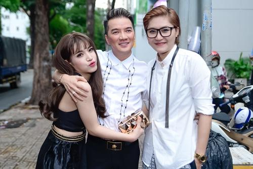 "dam vinh hung: ""toi chua bao gio duoc hanh phuc"" - 4"