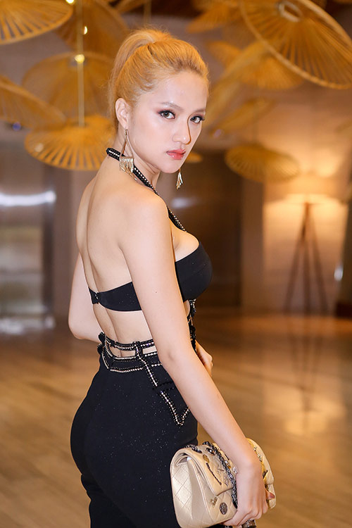 "huong giang idol thay doi ""chong mat"" ve ngoai hinh - 3"