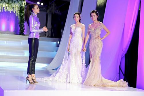 stylist travis: the face hot nhu vay la nho pham huong dam dong vai ac - 2