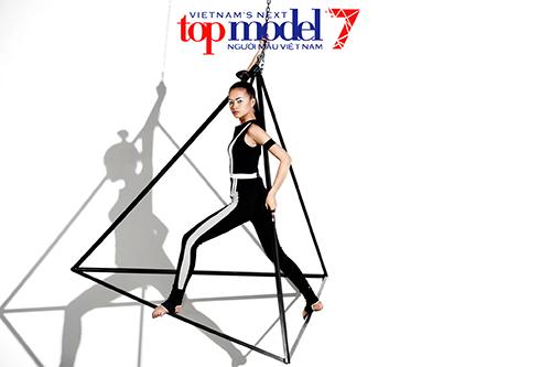 vntm 2016: thi sinh lun nhat lich su next top tiep tuc gay bat ngo - 13