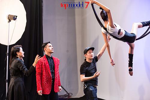 vntm 2016: thi sinh lun nhat lich su next top tiep tuc gay bat ngo - 7
