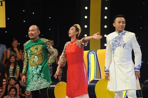 """dau truong tieu lam: le thi dan """"gay choang"""" khi to truong giang co tinh y voi minh - 4"""