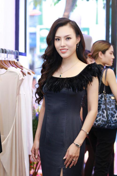 """khong phai ky duyen, huyen my moi la guong mat """"dat show"""" nhat hien nay - 10"""