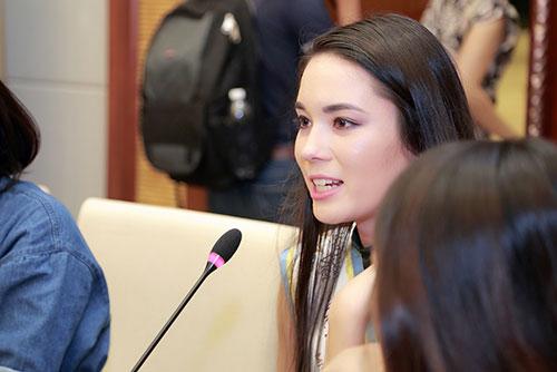 """scandal cua cac hoa hau thanh de tai """"nong"""" voi thi sinh hh ban sac viet - 1"""