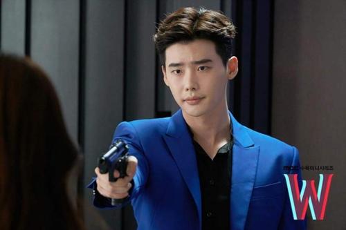 """hai the gioi"" tap 3: lee jong suk ban han hyo joo sau khi hon tham thiet - 6"