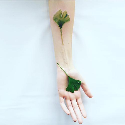 nhung hinh xam lay y tuong tu hoa dep den me man - 3