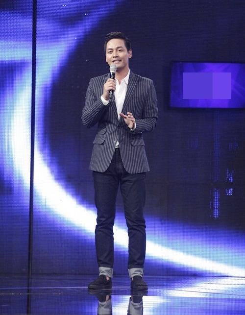 vietnam idol: co gai philippines bat ngo hat tieng viet, giam khao khen het loi - 2
