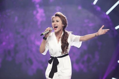 vietnam idol: co gai philippines bat ngo hat tieng viet, giam khao khen het loi - 17