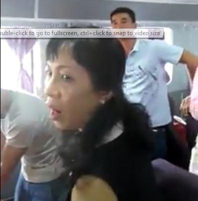 hy huu: san phu ha sinh con dau long tren chuyen tau ve rach gia - 2