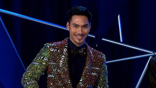 viet nam next top model: ly qui khanh mac ao dinh ten minh, ngam khoe the luc - 1