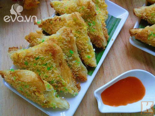 bua sang don gian voi banh my chien gion - 11