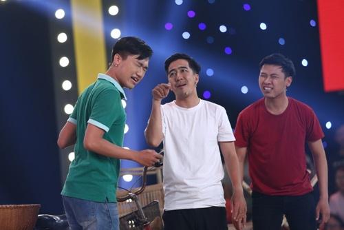 """dau truong tieu lam: chuyen tran thanh - hari won hen ho bi thi sinh """"da deu"""" - 12"""