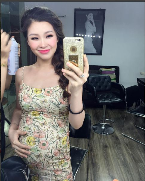 a hau diem trang: ba bau sexy nhat nhi showbiz viet - 14