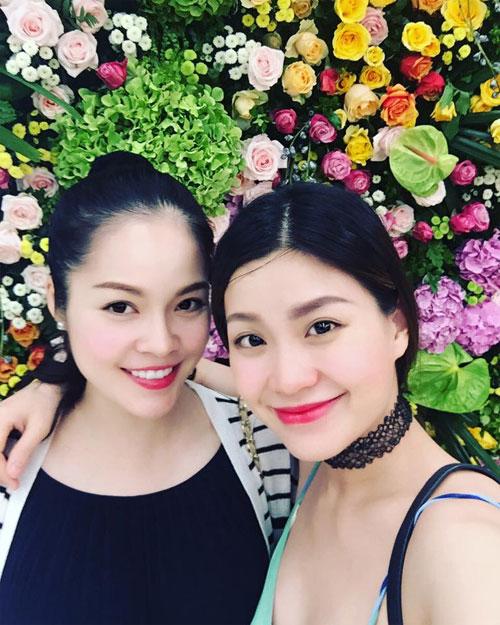 """le quyen khoe hanh phuc ngot ngao ben chong dai gia khien fan """"ghen ti"""" - 16"""