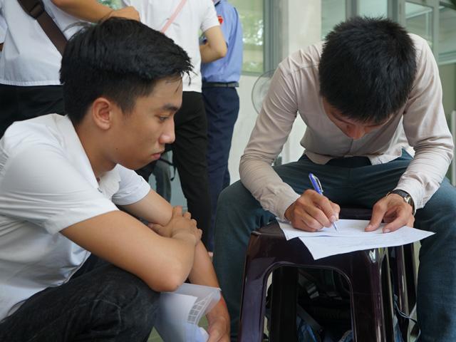"""giam doc so gd-dt ha noi ly giai muc tang hoc phi """"khung"""" - 2"""